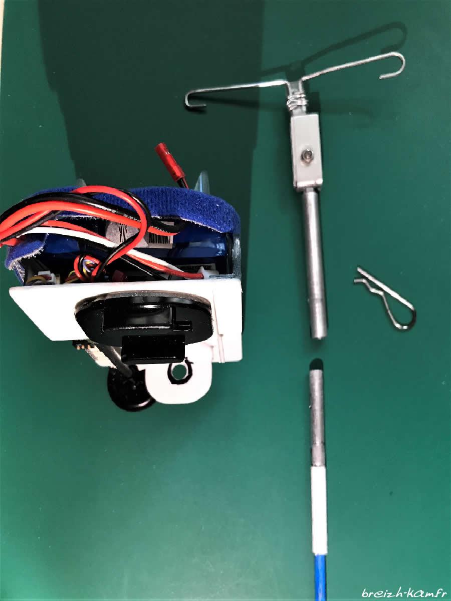 Breizh-kam, le support de la caméra Runcam qui sert de mouchard